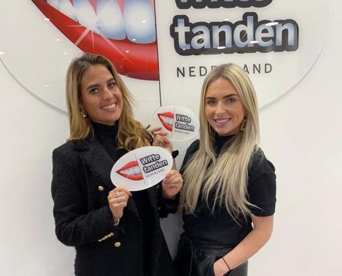 Charlie-Lois Melsen en Kelly Maas bij Witte tanden bleken Spijkenisse